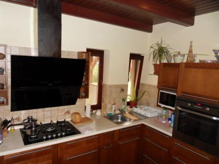 Krásny rodinný dom v tichom prostredí pri Kolárove Kerület Komárno LR-PN-562