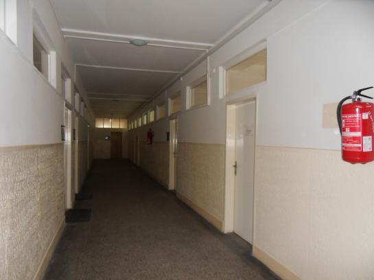 Na prenájom obchodné a kancelárske priestory v areáli  Slovenských lodeníc Okres Komárno LR-PN-786