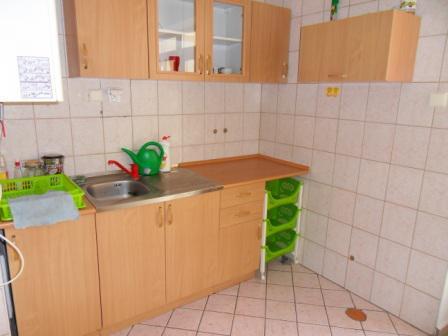 Na prenájom obchodné, kancelárske priestory s možnosťou bývania v centre Okres Komárno LRo-PN-861