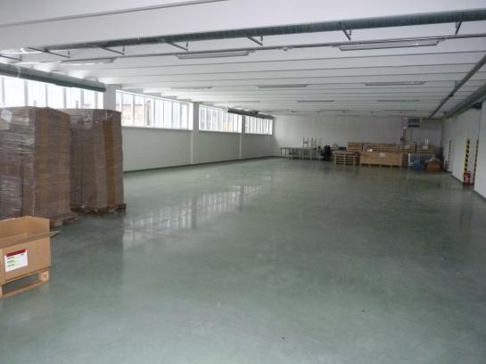Výrobné a skladové priestory na prenájom v Komárne Okres Komárno VS-PN-592