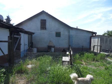 Predám 3izbový dom na 6 á pozemku, Letecké pole Komárno Okres Komárno LRo-PN-1092