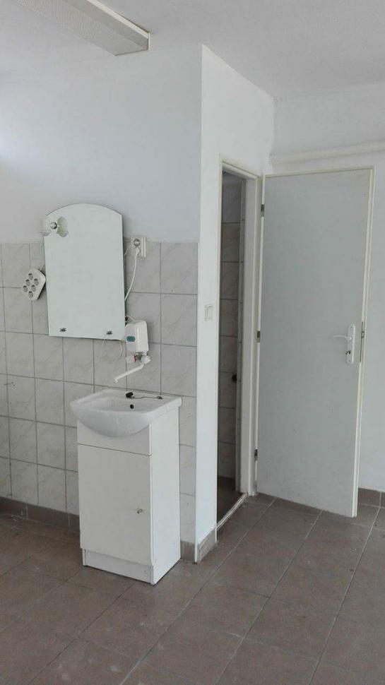 Obchodný priestor do PRENÁJMU Okres Komárno ksk-PN-1180