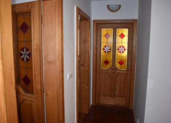 Predám veľkometrážny 3-izbový byt na ul. Gazdovská v Komárne Okres Komárno LRo-PN-1353
