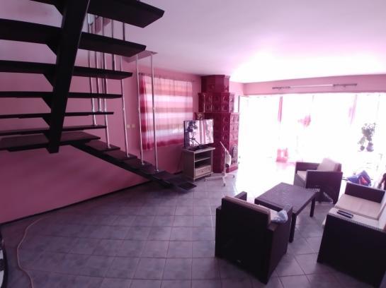 Na predaj rodinný dom s obchodným priestorom v Komárne. Okres Komárno LRo-PN-1372