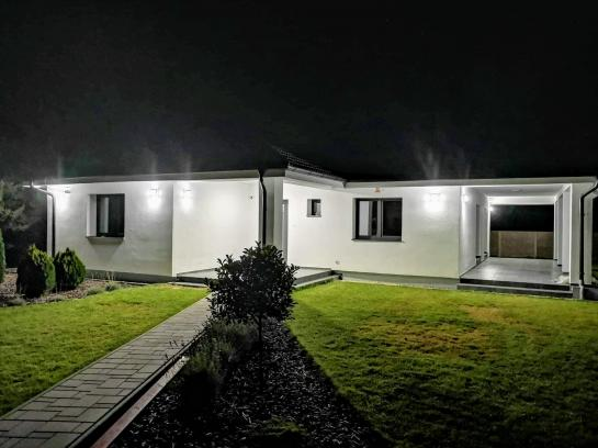 Moderný novopostavený RD - Komárno, časť Nová Stráž  Okres Komárno ksk-PN-1304