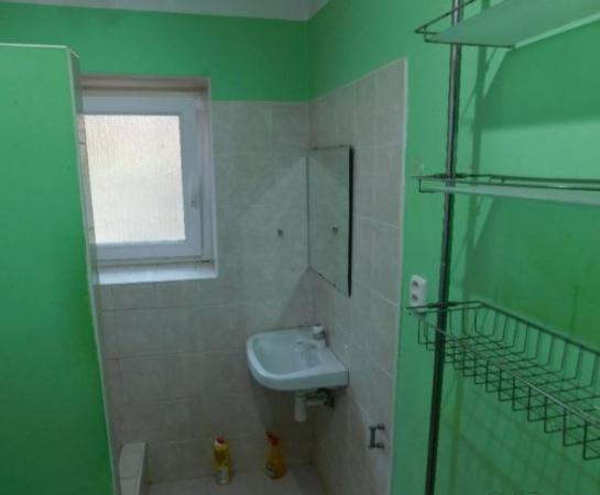 Na predaj 2-izbový tehlový byt s vlastným kúrením KRJ Okres Komárno LRo-PN-1406