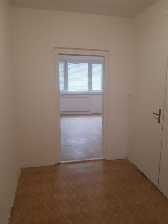 Na predaj 3-izbový byt v Komárne na novom sídlisku bt Okres Komárno LRo-PN-1420