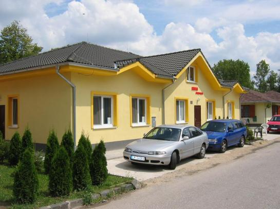 Rekreačná chata v areali termálneho kúpaliska Patince kúpele Okres Komárno LRo-PN-524